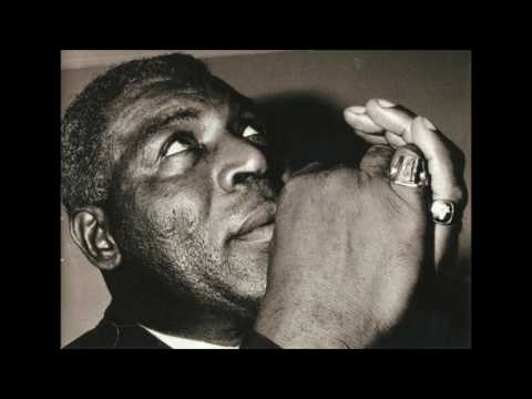 32 Baby Ride With Me ( Alt Take Three ) Howlin' Wolf