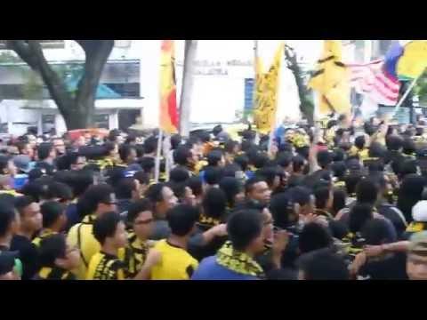 [HD] Mega Corteo 2 Ultras Malaya - Ayuh Bangkit Bersama | 2014 AFF Suzuki Cup Final