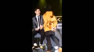 150301 Taeil kissing B-Bomb - Block B live in Helsinki