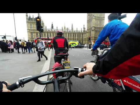 LONDON in 4k / Trafalgar square to elephant and castle cycling route