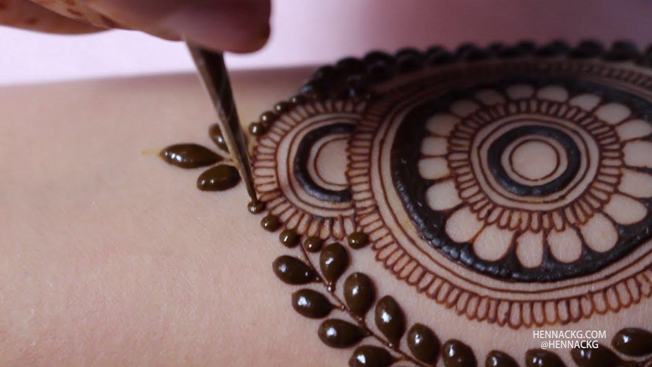 Mandala Henna Designs: SIMPLE MANDALA HENNA DESIGN WITH LEAVES By Henna CKG