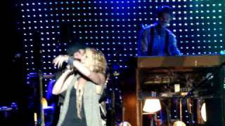 Sugarland Everyday America Remix The Greek Los Angeles CA 07/08/10 009