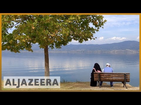 🇬🇷Greece moves refugees from Moria camp to mainland l Al Jazeera English