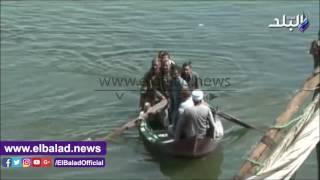 طلاب جزيرة 'المستجدة' يسبحون على مراكب الموت.. ومحافظ سوهاج يتدخل لإنقاذهم .. فيديو