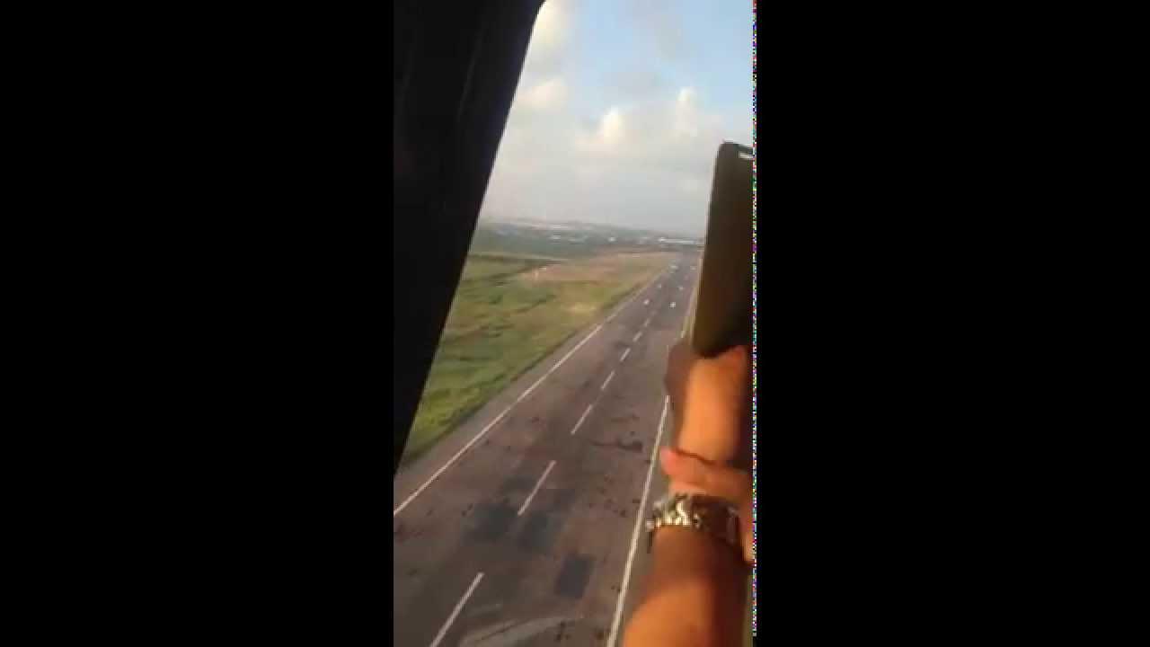 Vista desde un Robinson 44 - Helicóptero