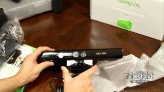 Xbox 360 Kinect Unboxing / First Look (Xbox 360 Kinect Bundle)
