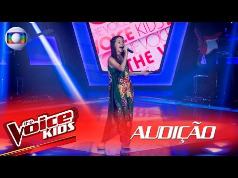 Laura D'Ávila canta