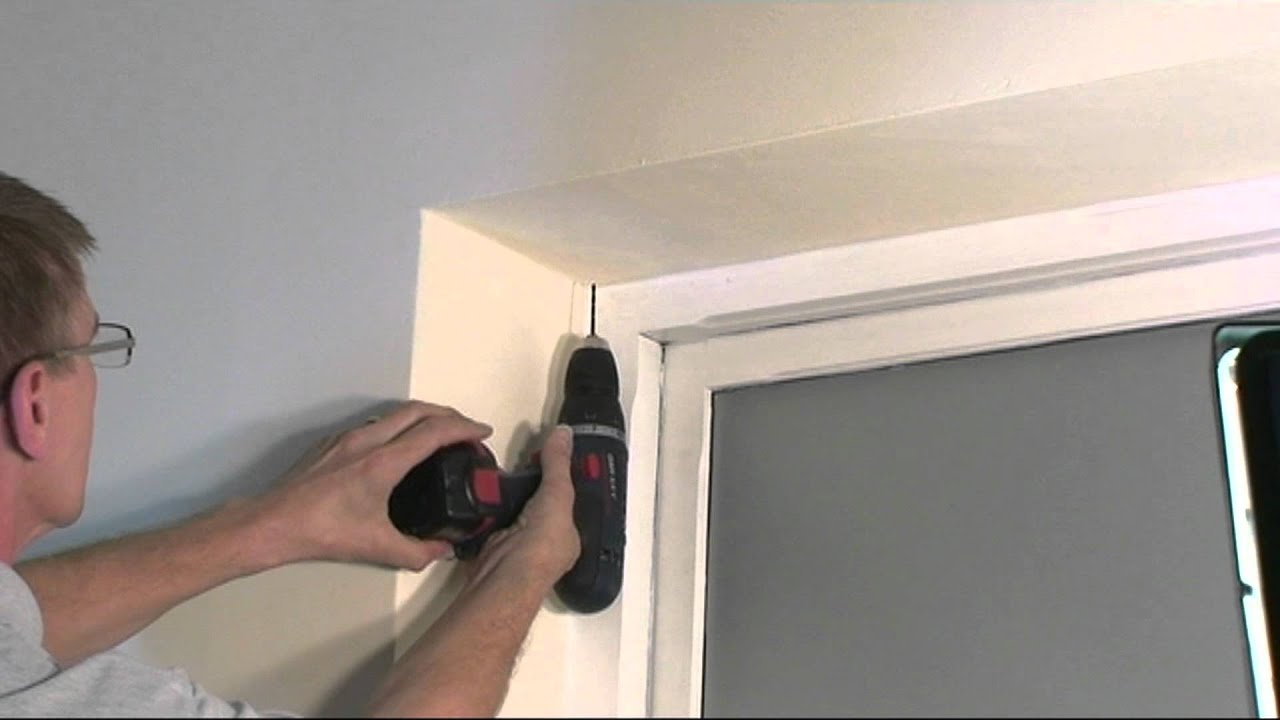 how to install a roller blind youtube. Black Bedroom Furniture Sets. Home Design Ideas