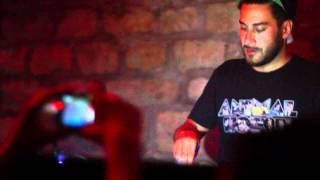 Ou Est Le Swimming Pool - Dance The Way I Feel (Armand Van Helden Mix) [LIVE]