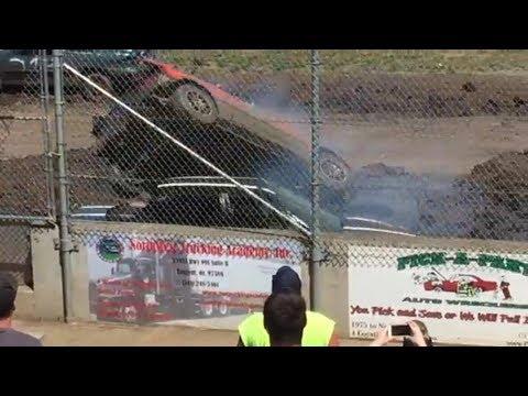 Trash Cars Willamette Speedway 2017 #3