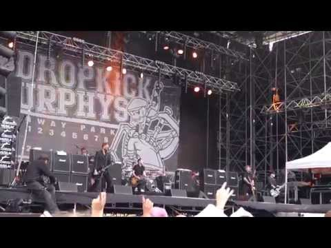 Dropkick Murphys - The Boys Are Back (Live @ Musilac 2014)