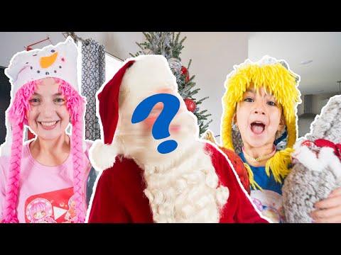 Santa gives me a Christmas Tree, Papa Noel nos regala un Arbol de Navidad