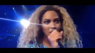 5 случаев, когда фанаты перепели вокальных звёзд на сцене!