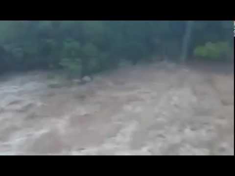 Trombe d 39 eau sur lodeve youtube - Trombe d eau ...