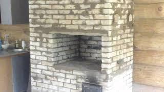 (137)Большая отопительно-варочная печь в охотничьем доме.