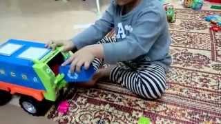 Jo chơi ô tô đồ chơi