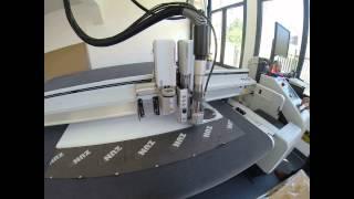 vidéo usinage et polissage de plexi, PMMA 10 mm sur Zund G3 par Grafitroniks
