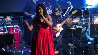 Watch Shreya Ghoshal Yeh Ishq Hai video