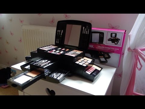 PrettyPink Deluxe Cosmetics Make Up Case from ARGOS