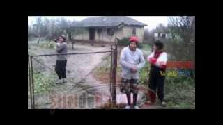 SOCANT! 3 surori cu handicap mintal sever din Albesti Smeeni locuiesc singure in conditii inumane