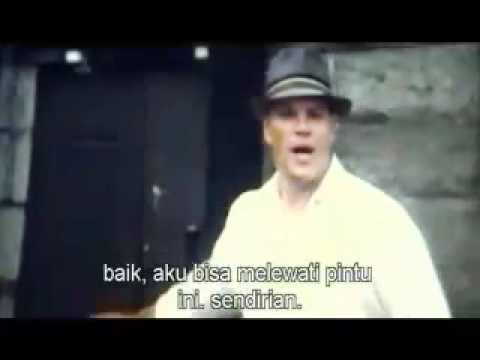 The Adjusment Bureau + Indonesian Subtitle.3gp