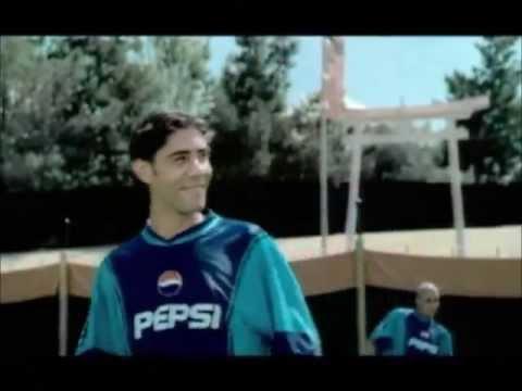 Pepsi commercial 2002 - Sumo vs Beckham, R.Carlos, Petit