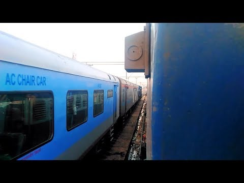 Highlights from the Train Journey from Vijayawada to Mumbai by 18519 VSKP - LTT Express