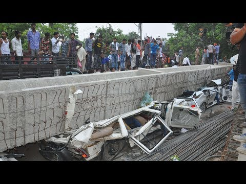 Highway overpass collapses in India, killing 18