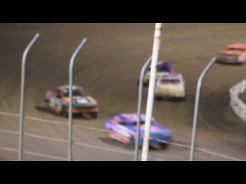 MVI 6193  I 80 SPEEDWAY 4/21/2017  STOCK CAR FEATURE PART #2