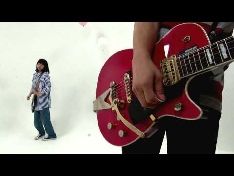BUGY CRAXONE『ベリナイス』Music Video