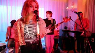 "TWIN SISTER - ""Meet the Frownies"" LIVE @ The Mondrian Sessions"