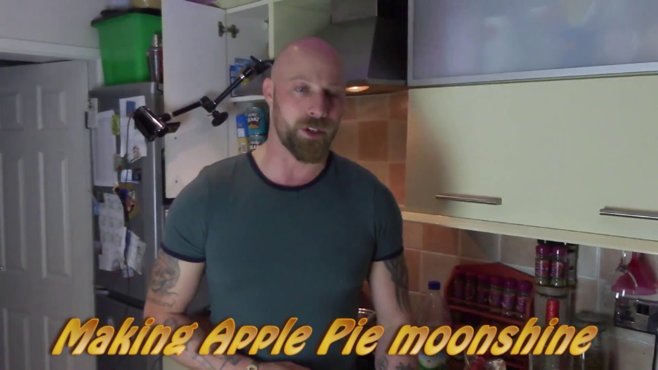 How to make Apple Pie Moonshine at home. Step by step tutorial