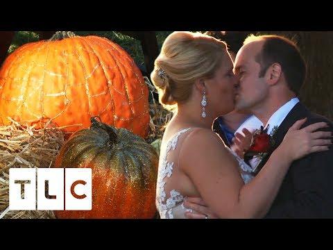 "Bride Kimberly Throws A ""Fang-Tastic"" Halloween Themed Wedding | Four Weddings"