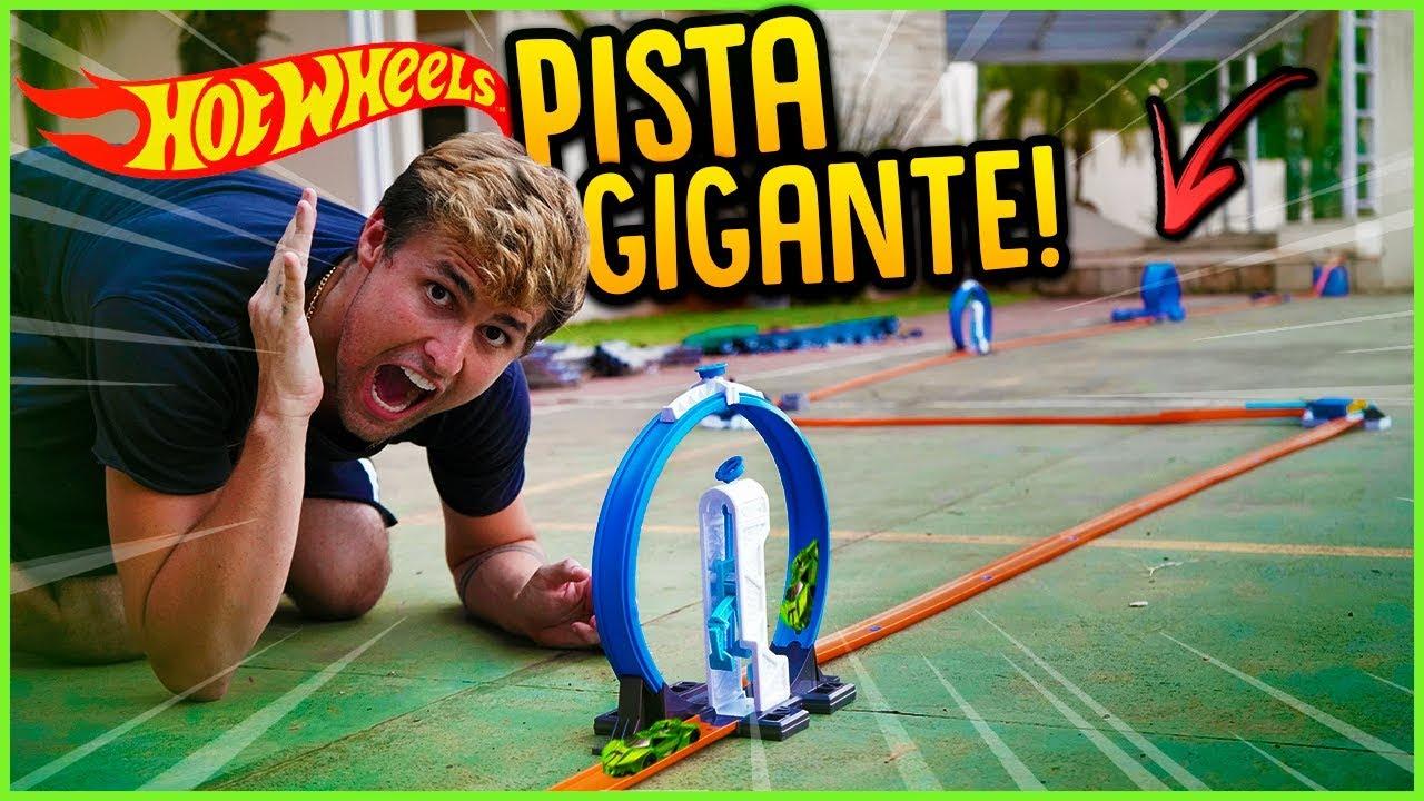 FIZ A MAIOR PISTA DE HOT WHEELS DO MUNDO!! [ REZENDE EVIL ]