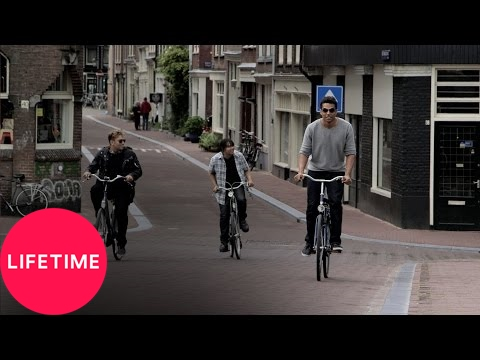 The Jacksons: Next Generation: Biking in Amsterdam (S1, E5) | Lifetime