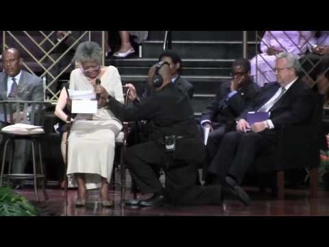 Maya Angelou Sings at the National Urban League Centennial Conference