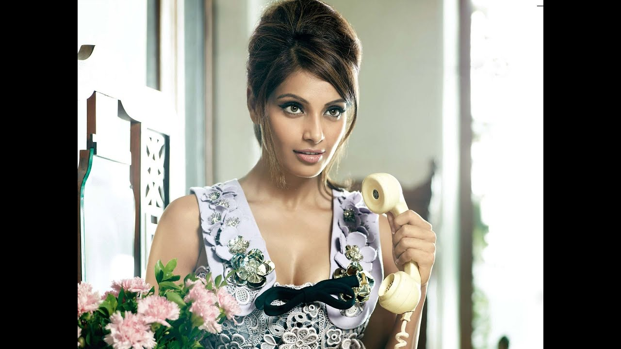 bipasha basu bollywood actress latest hot hd wallpaper - youtube