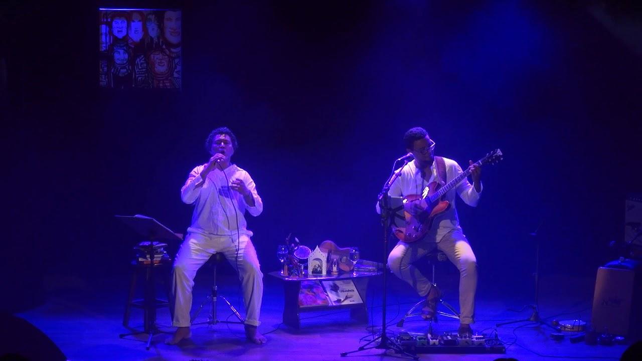 Carlos Barros e Gabriel Barros -  Pro dia nascer feliz (Frejat / Cazuza)