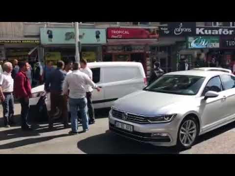 """Trafik polisi ile sürücü arasında """"ceza"""" kavgası"""