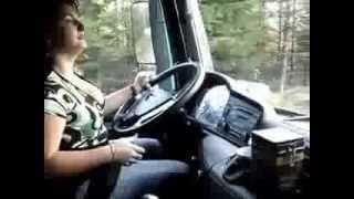 رحلة مع سائقة تريلا محترفة ------ عسل