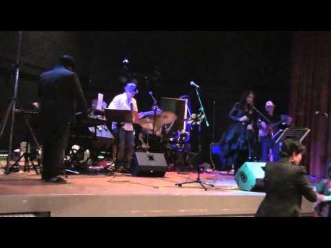 Malam Dansa Bersama - Pandooraa Band - Girl