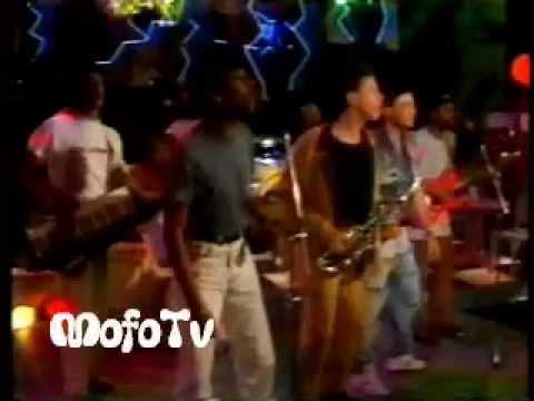 Placa Luminosa no Milk Shake (1989) - TV Manchete