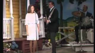 Johnny Cash and June Carter - Jackson (Grand Old Opry - 1968)