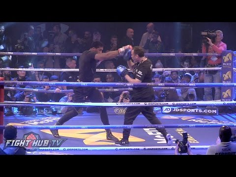 JOSHUA IS READY! THROWS MASSIVE RIGHT HANDS & DISPLAYS HIGH GUARD DEFENSE FOR KLITSCHKO