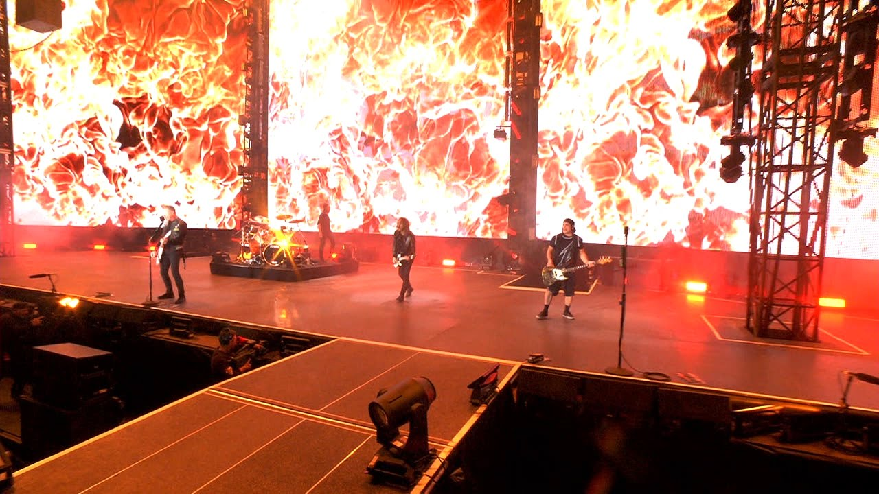 Metallica's 9 most epic live clips -- klick 'em all | City Pages