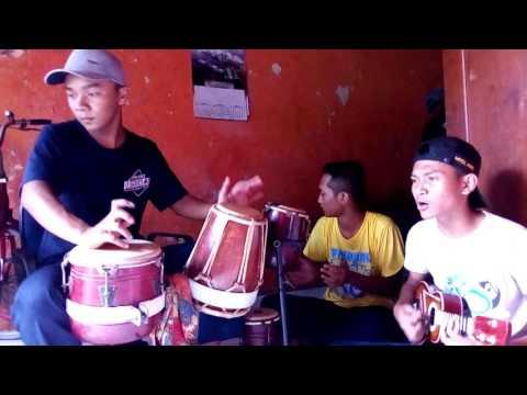 Suket Teki - cover version Ukulele and Kendang @Durextion
