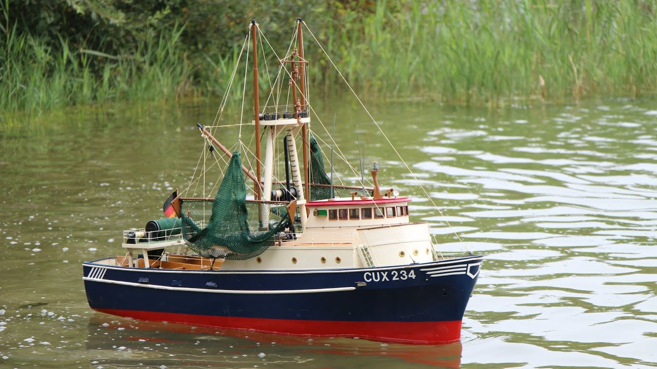 Rc fishing trawler delphin cux 234 youtube for Rc boat fishing