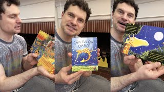 "Flula Reads ""Giraffes Cant Dance"" for #SaveWithStories"