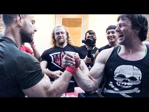 ANDREI SHARK Vs DEVON LARRATT ARMWRESTLING TRAINING #armwrestling #larratt