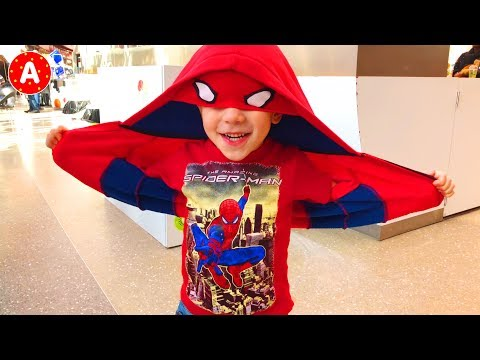 Superhero Spider-Man Adam Having Fun in Médiacité Shopping Center - Unboxing and Playing with Toys